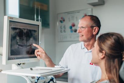 Zahnarzt Niepmann, Prien, Implantologie